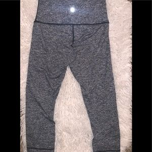 Gray black 3/4 leggings athletic yoga 8 Lululemon